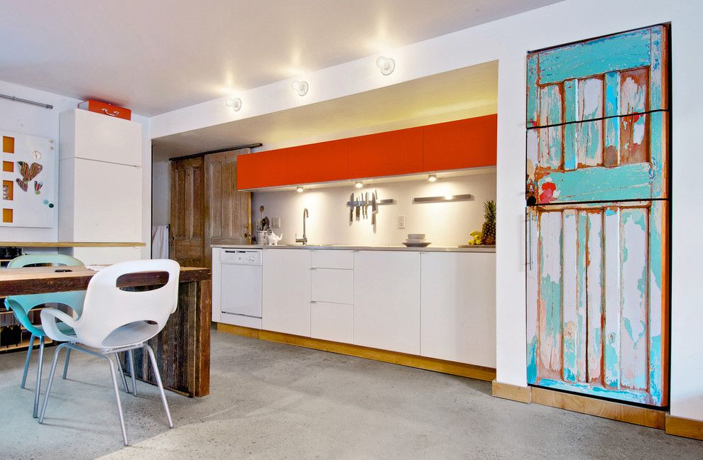 Tool Rental Lowes for a Contemporary Kitchen with a Knife Rack and My Houzz: Creative Moves Turn a Toronto Basement Into a Stylish Rental by Andrew Snow Photography