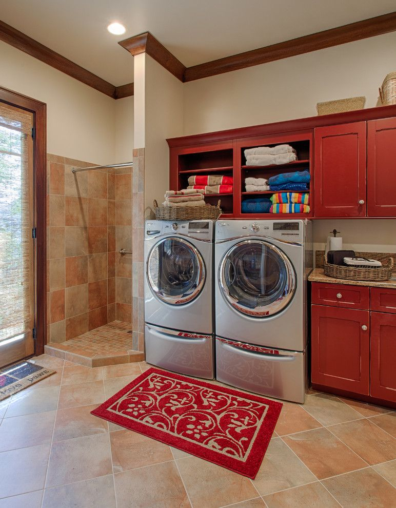 Top Load Vs Front Washing Machine For A Traditional Laundry Room With Recessed Lighting