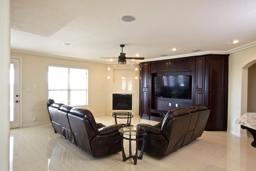 Tropicana Homes for a Traditional Spaces with a Traditional and Round Oak by Tropicana Homes