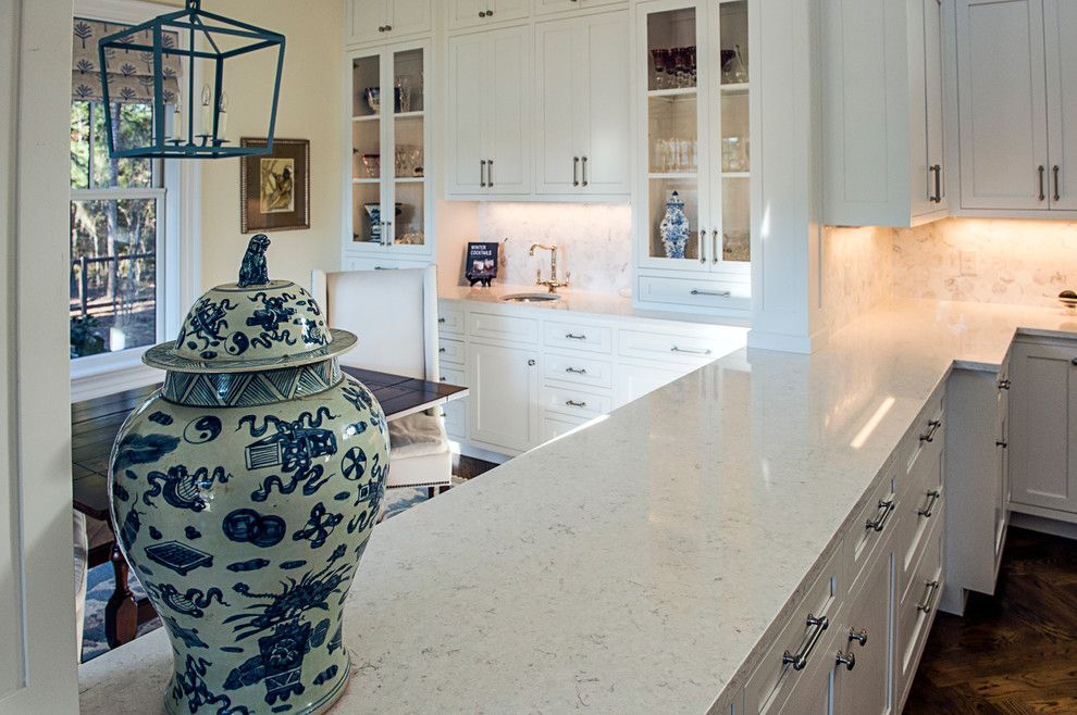 Viatera Quartz for a Traditional Kitchen with a Bluffton and Palmetto Bluff New Home by Stoneworks, Inc.