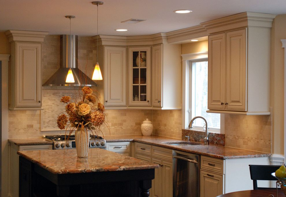 Waypoint Cabinets for a Traditional Kitchen with a Bordeaux and Cranbury Design Center by Cranbury Design Center Llc