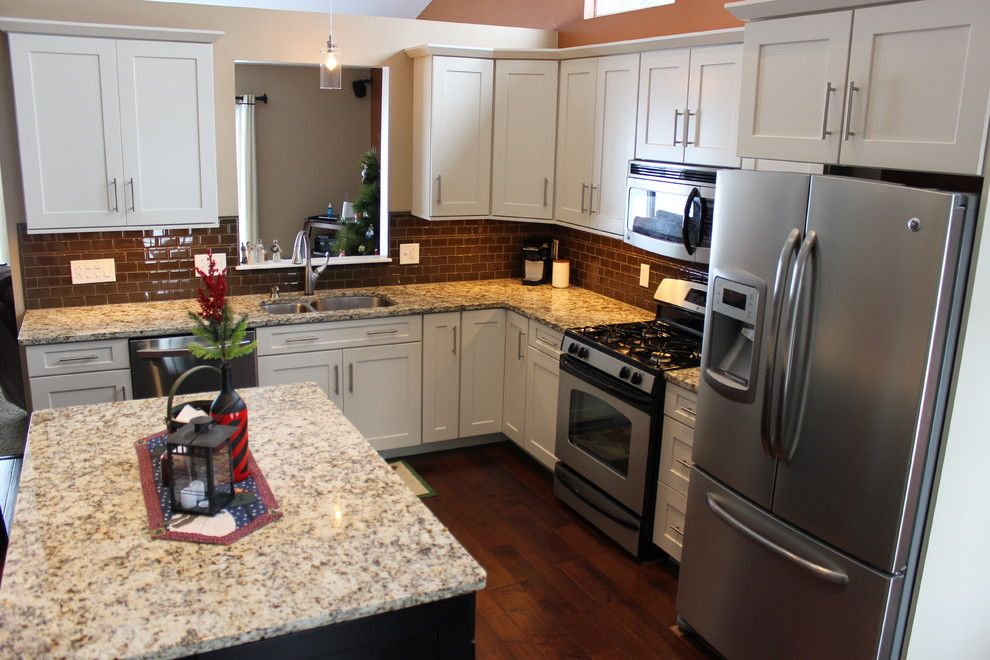 Waypoint Cabinets for a Traditional Spaces with a Undermount Sink and Kitchen Remodel, Medina, Oh  #8 ~ Waypoint Cabinets by Cabinet S Top