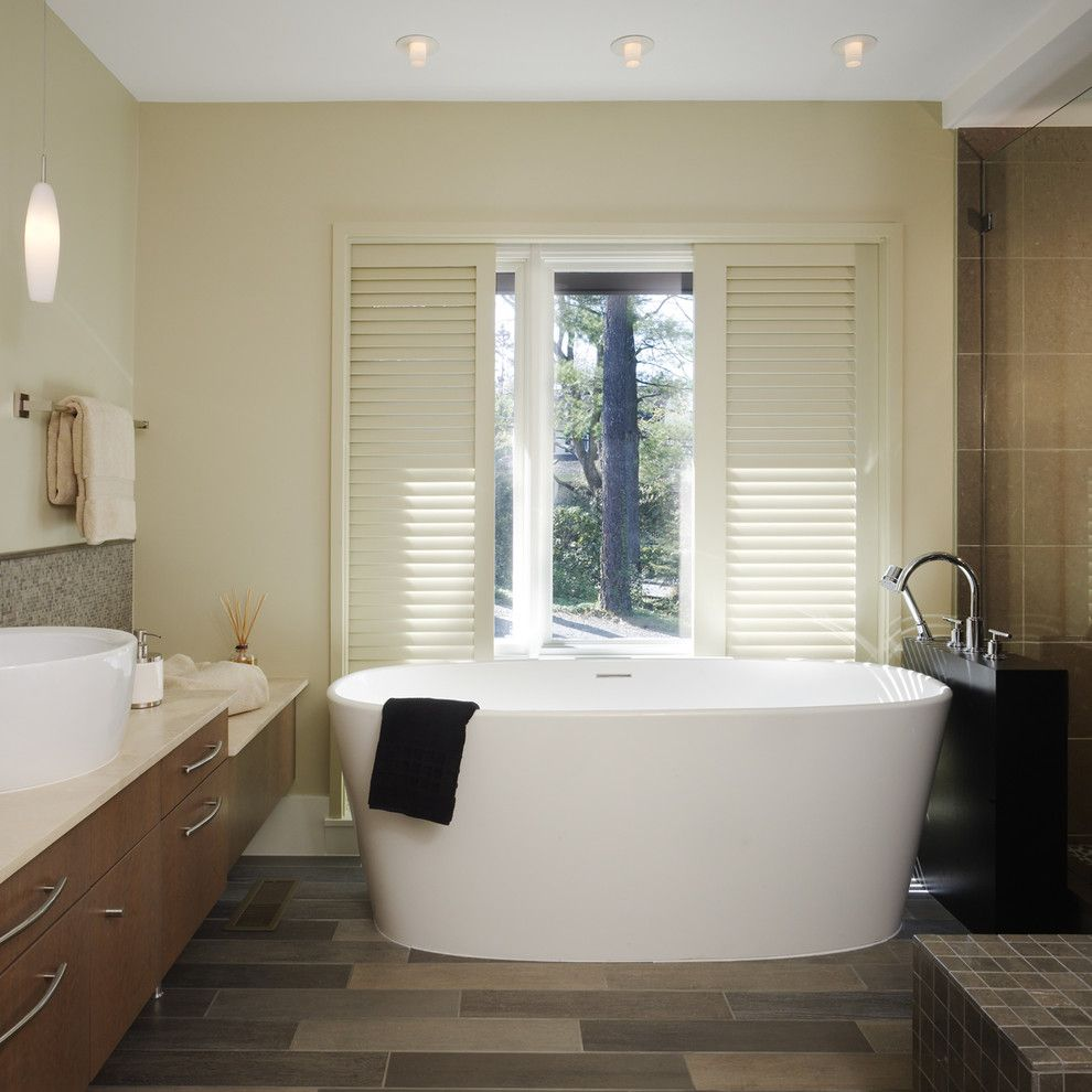 Wetstyle for a Contemporary Bathroom with a Tub and Randall Mars by Randall Mars Architects