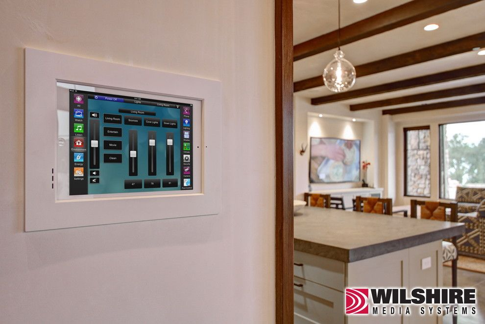 Wilshire Homes for a Farmhouse Spaces with a Home Automation and Lighting, Video & Audio: Ojai Farm by Wilshire Home Entertainment