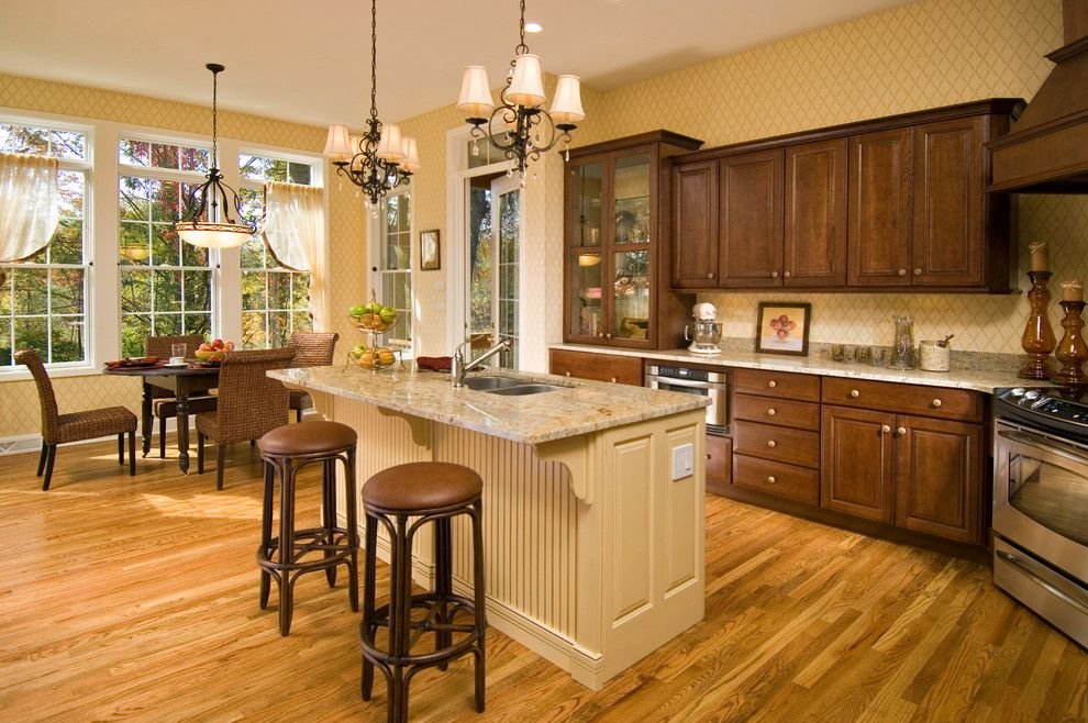 Yoiu for a Traditional Kitchen with a Breakfast Bar and 2008 Saratoga Showcase Home by Belmonte Builders