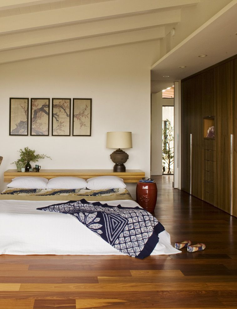 Zen Bedrooms for a Midcentury Bedroom with a Wall Shelves and Master Bedroom by Laidlaw Schultz Architects