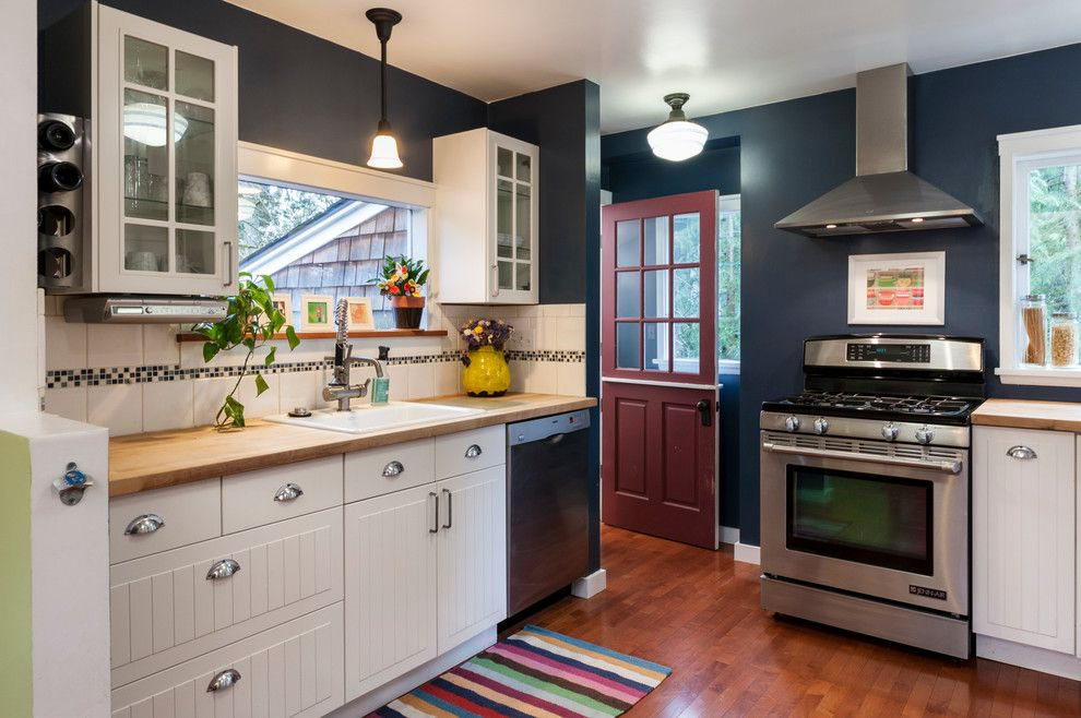 8z Real Estate for a Farmhouse Kitchen with a Dutch Door and Real Estate Photography by Jesse Young Property and Real Estate Photography
