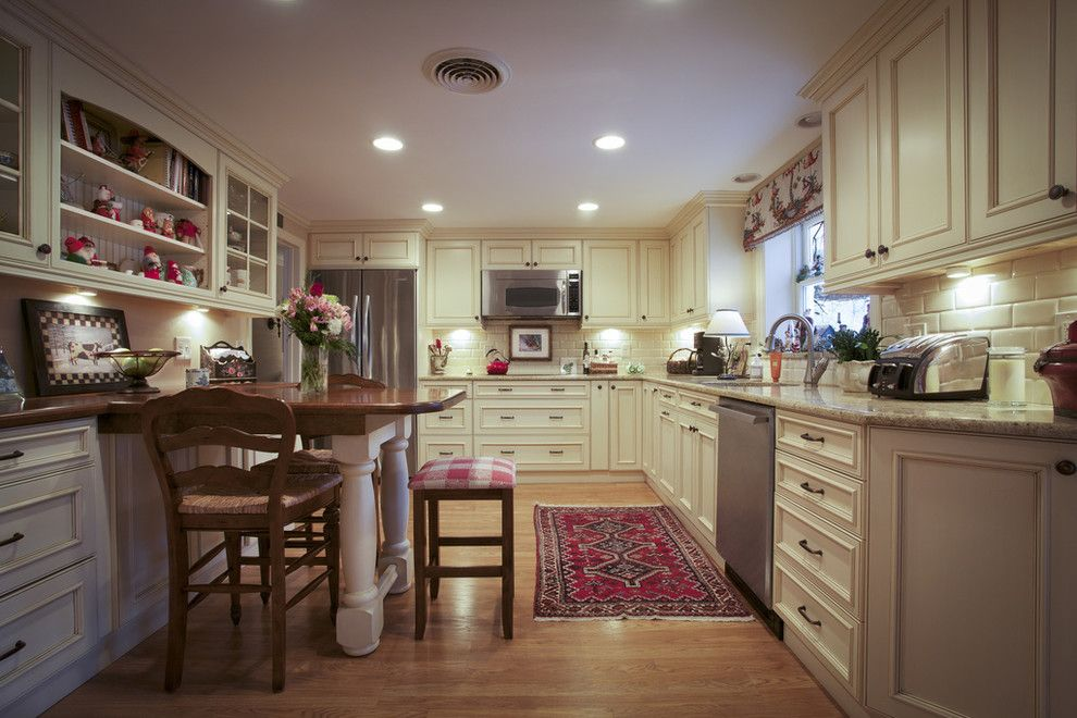 Ballard Hardware for a Traditional Kitchen with a Wood Flooring and Arlington by Dawn Willis, Akbd  Great Spaces Inc.
