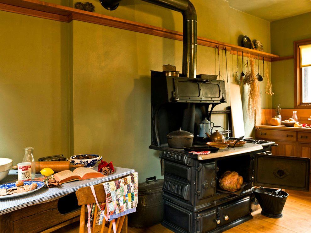 Frank Lloyd Wright Oak Park for a Traditional Kitchen with a Oak Park and Frank Lloyd Wright Home & Studio by Cynthia Lynn Photography