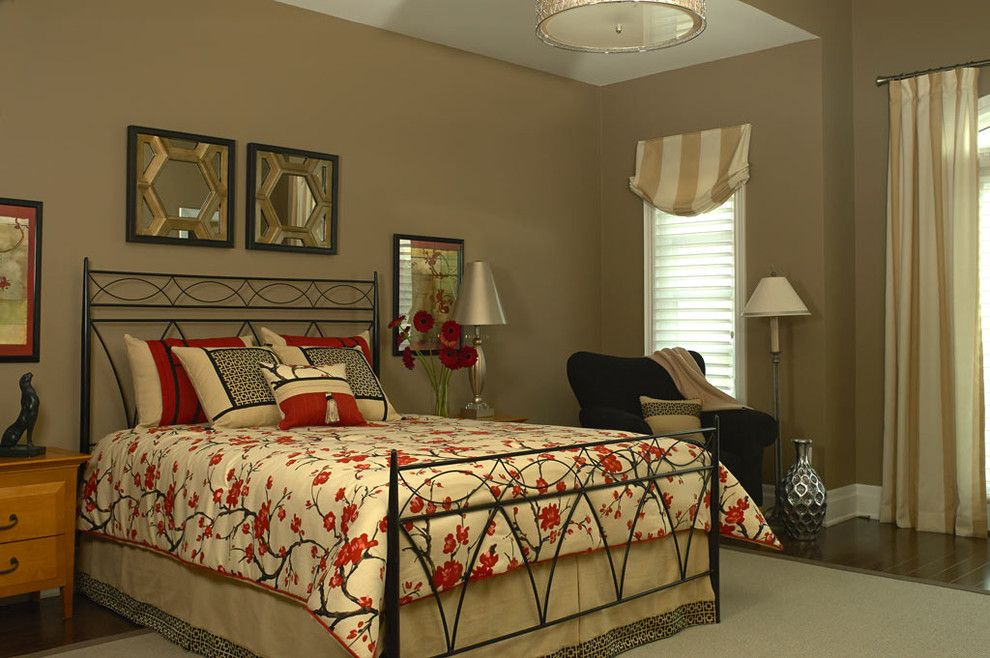 Lumar for a Transitional Bedroom with a Curtain and Aurora, Ontario Belfontain Project by Lumar Interiors