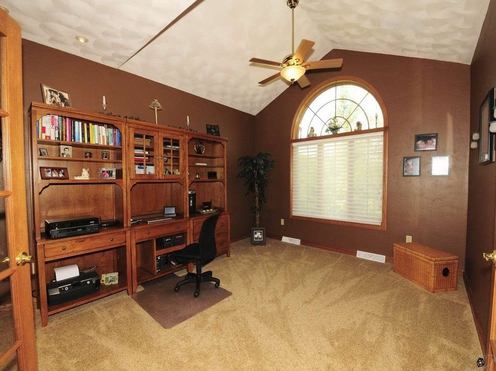 Mohawk Smartstrand for a Contemporary Home Office with a Contemporary and Olson Carpet   Mohawk Smartstrand Silk & Shaw Nylon by Bisbee's Flooring Center