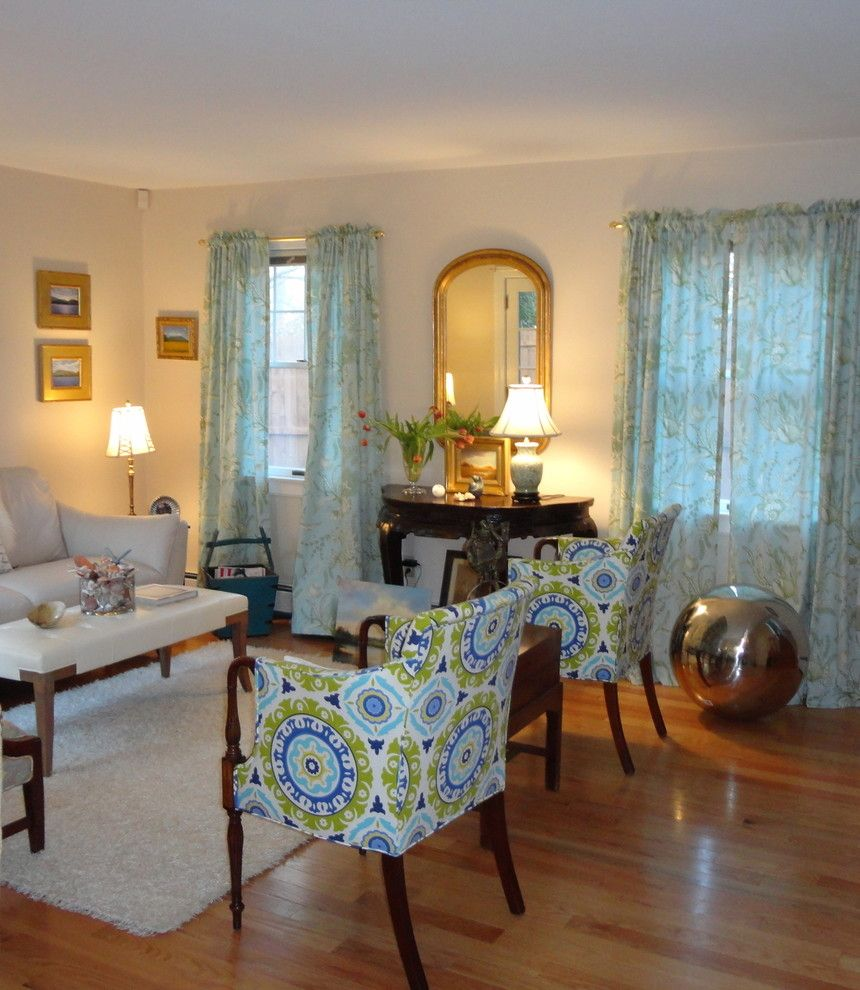 Newport Cottages For A Traditional Living Room With Art Arrangement And Cottage By Jessica