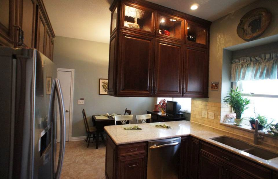 Olathe Glass for a Traditional Kitchen with a Glass Cabinet Door and Kitchen Remodel, Olathe, Ks by Country Club Builders