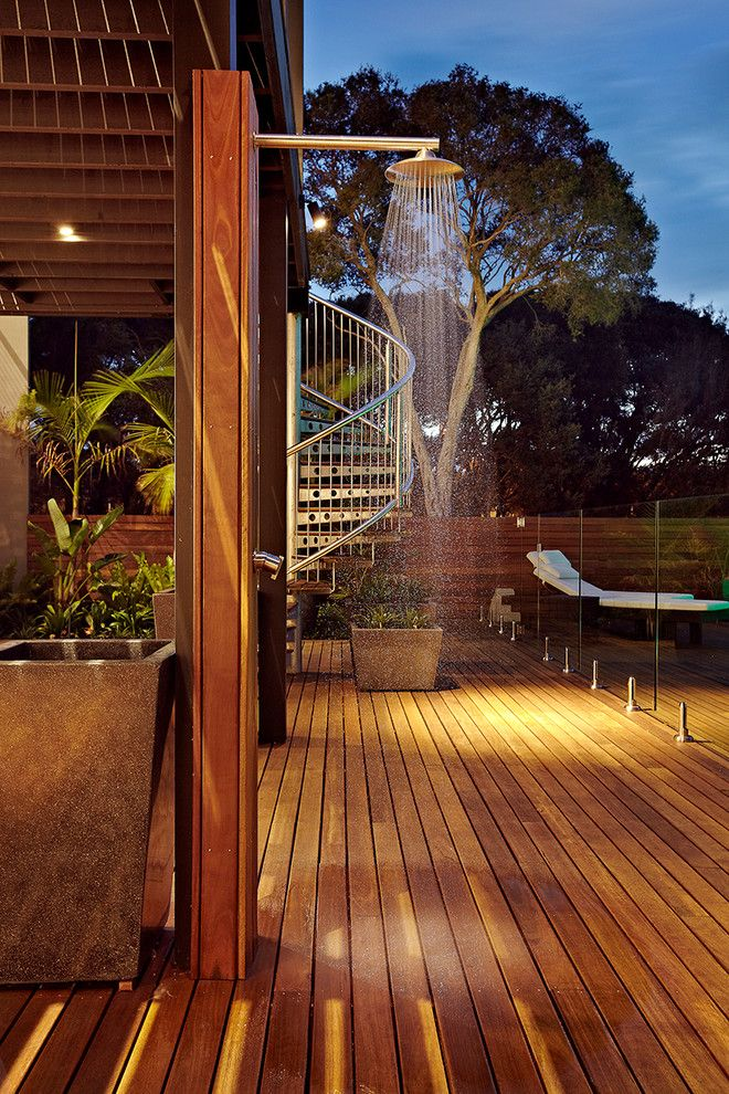 Tankless vs Tank Water Heater for a Contemporary Patio with a Outdoor Shower and Lanoma Place by Impress Photography