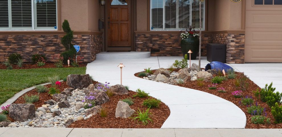 2700k Light for a Contemporary Spaces with a Front Yard Landscapes and Low Water Gardens by Jpm Landscape
