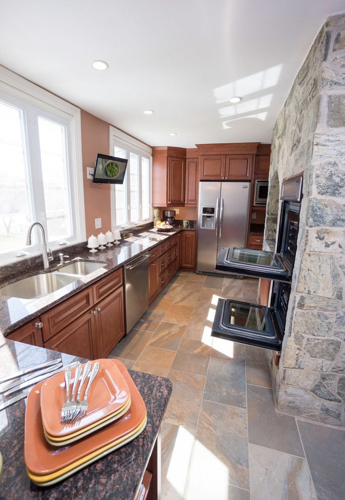 Aaa Cranston Ri for a Traditional Kitchen with a Stacked Crown Molding and Cranston, Ri   Kitchen Remodel by Insperiors, Llc