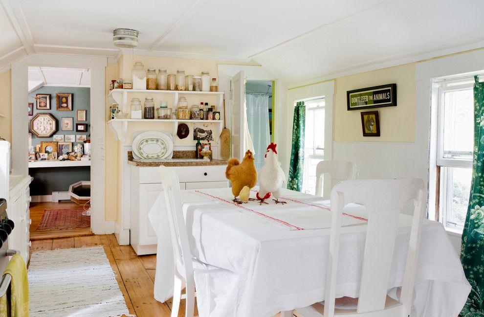 Adorne for a Farmhouse Kitchen with a My Houzz and My Houzz: Lauren Decatur by Rikki Snyder