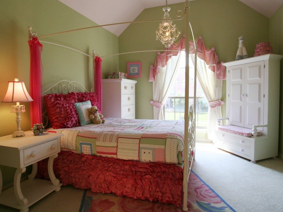 Alabama Furniture Market for a Traditional Kids with a Floral Rug and Lori Withey by Bellisa Design