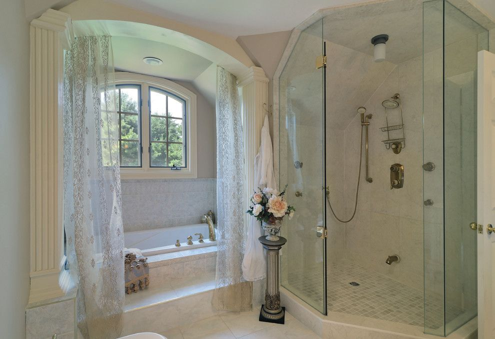 Alcove Definition for a Shabby Chic Style Bathroom with a Shower in Corner and 100 Ensuites to Inspire by Digitalproperties.ca