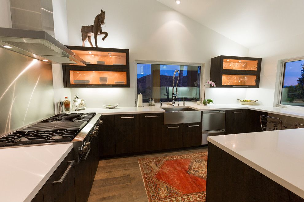 Amaron for a Contemporary Kitchen with a White Wall and Colodny Drive Residence by Legacy Construction & Development, Inc.