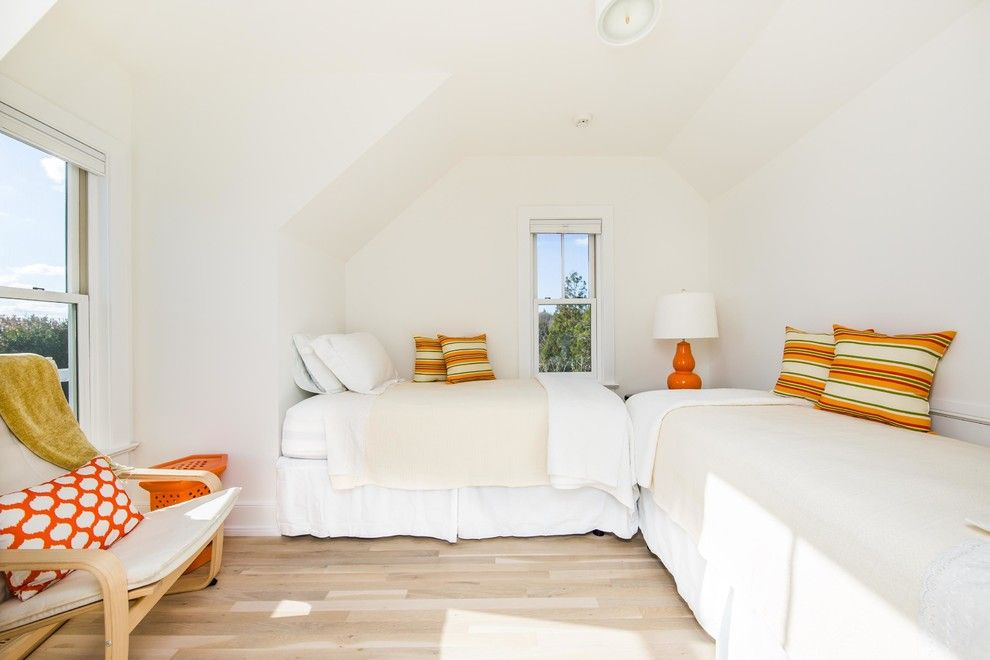 Aqua World for a Beach Style Bedroom with a Beach Cottage and the Guest Cottage by Robert A. Lenahan Architect Aia Pllc