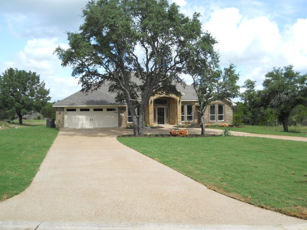 Ashford Homes for a  Spaces with a  and Presa Vista by Ashford Homes