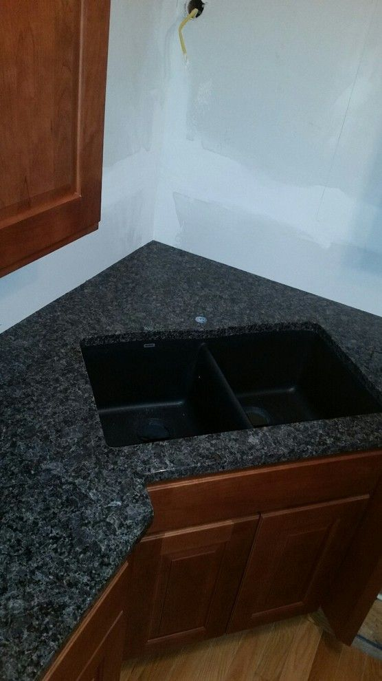 Backpage Wichita Kansas for a Transitional Kitchen with a Kitchen and Autumn Brown Granite by Creative Surfaces