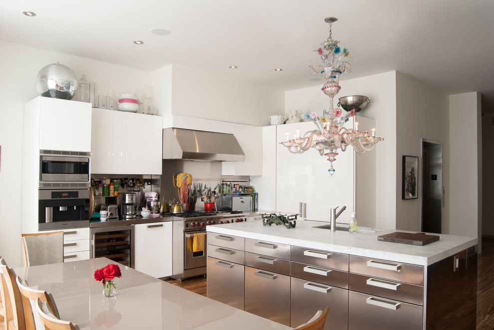 Basketball Court Measurements for a Contemporary Kitchen with a Stainless Backsplash and My Houzz: A Basketball Court, a Rooftop Kitchen and More in Manhattan by Adrienne Derosa
