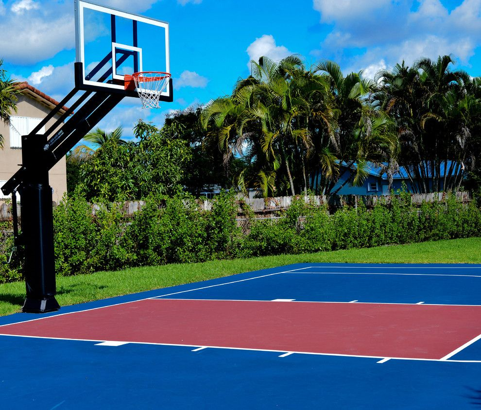 Basketball Court Measurements for a Traditional Landscape with a Miami and Gus D's Pro Dunk Diamond Basketball System on a 50x35 in Miami, Fl by Pro Dunk Hoops