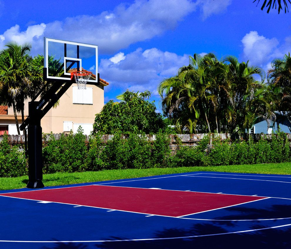 Basketball Court Measurements for a Traditional Landscape with a Neighborhood and Gus D's Pro Dunk Diamond Basketball System on a 50x35 in Miami, Fl by Pro Dunk Hoops