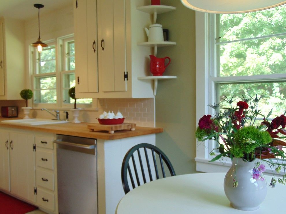 Bearsville Ny for a Farmhouse Kitchen with a Modern Farmhouse and Bearsville, Ny Staging & Redesign by Erik Forster Design