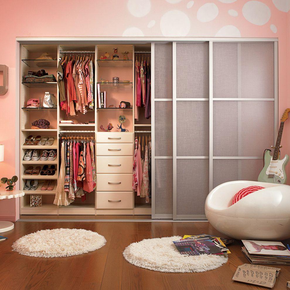 Beazer Homes Houston for a Contemporary Bedroom with a White Rug and Contemporary Bedroom by Californiaclosets.com