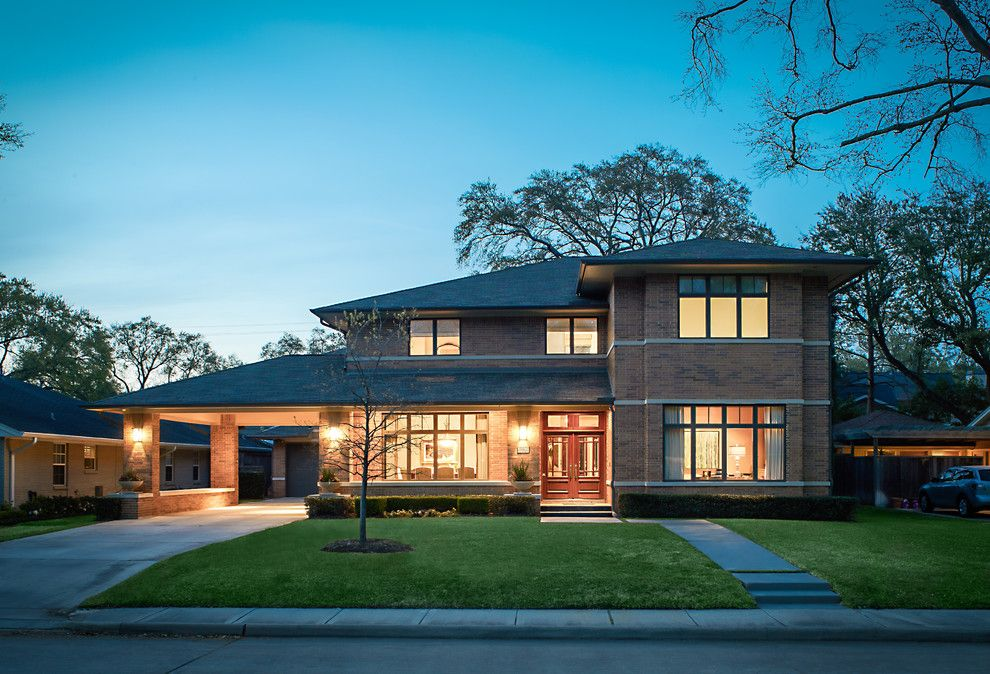 Beazer Homes Houston for a Contemporary Exterior with a Transom Windows and Briar Rose by Thompson Custom Homes