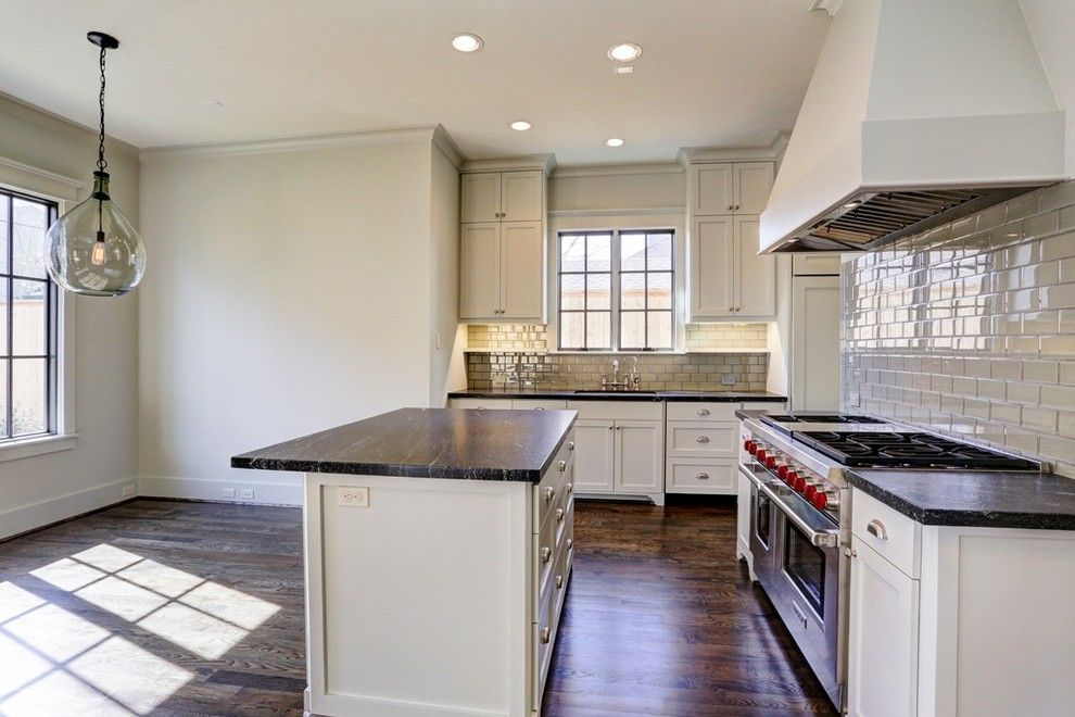 Beazer Homes Houston for a Traditional Kitchen with a Wolf and Traditional Home West U Home with a Modern Twist by Mirador Builders