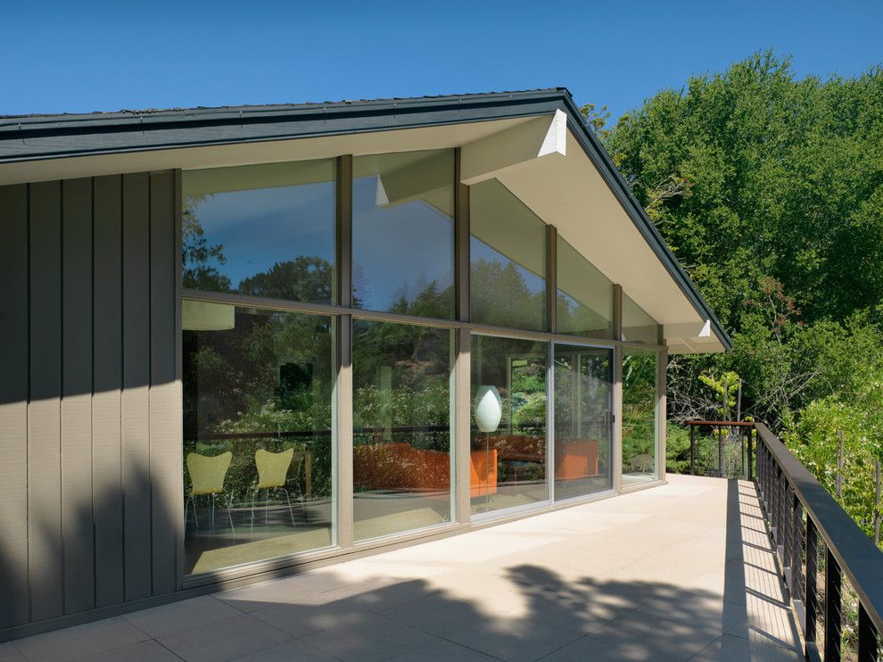 Beazer Homes Reviews for a Midcentury Exterior with a Mid Century Modern and Donald Drive Residence by Rossington Architecture