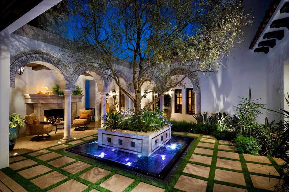 Bella Terra Theater for a Traditional Landscape with a Pool and Desert Home by Terra Bella Landscape Development