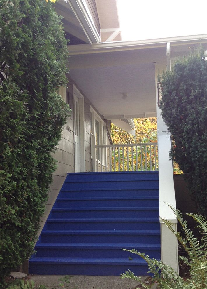 Benjamin Moore Seattle for a Craftsman Deck with a Deck Stairs and Mount Baker 2013 by Sound Painting Solutions