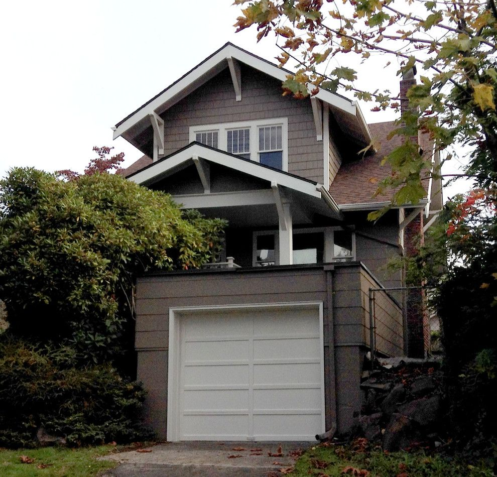 Benjamin Moore Seattle for a Craftsman Exterior with a Wood Siding and Mount Baker 2013 by Sound Painting Solutions