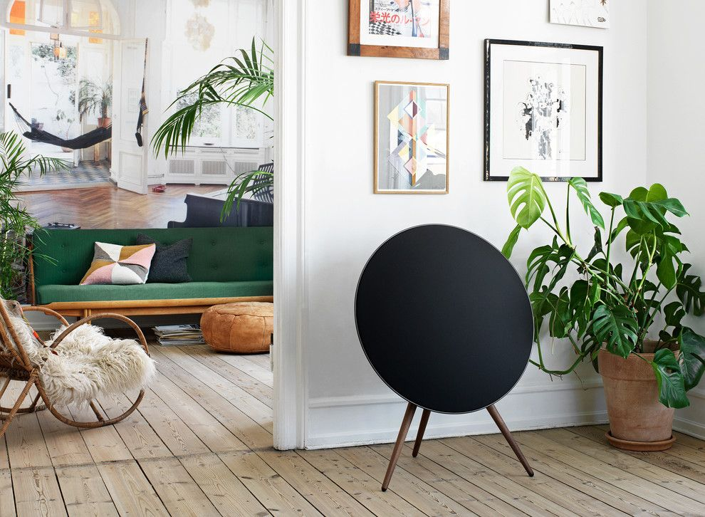 Beoplay A9 for a Scandinavian Living Room with a Beoplay A9 and Space by バング&オルフセン 二子玉川/bang&olufsen Futakotamagawa