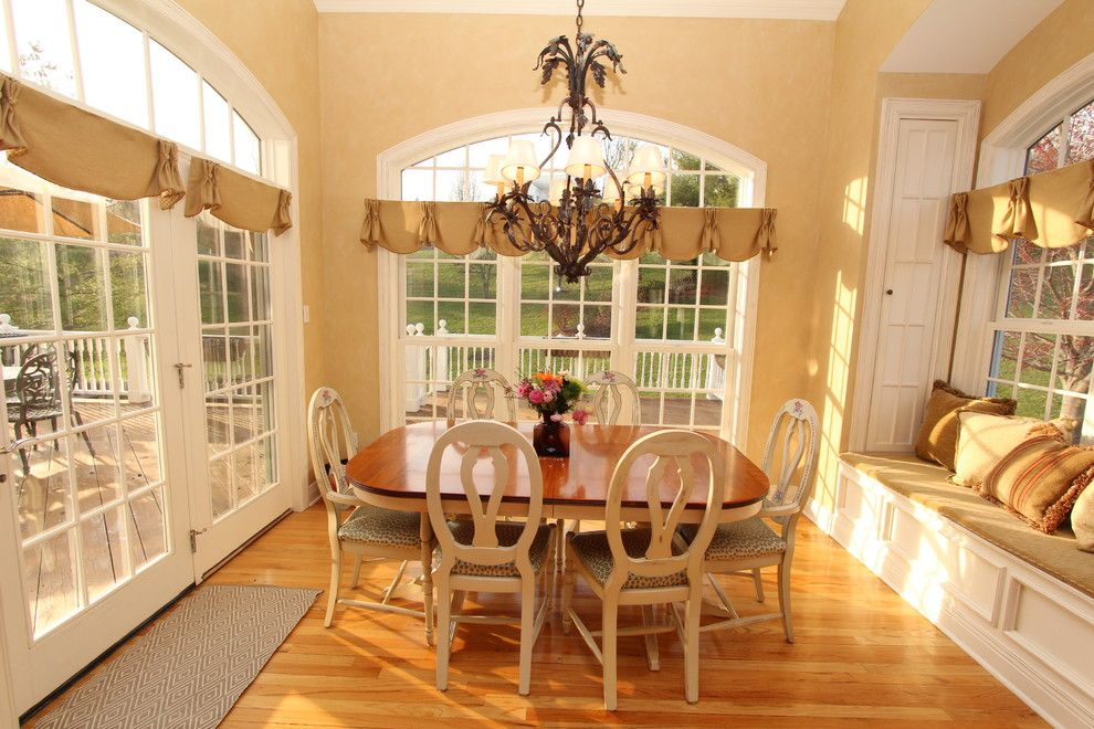 Best Buy Waco Tx for a Traditional Dining Room with a Breakfast Nook and Interior Makeovers by Annie Ocallaghan by Interior Makeovers by Annie Ocallaghan