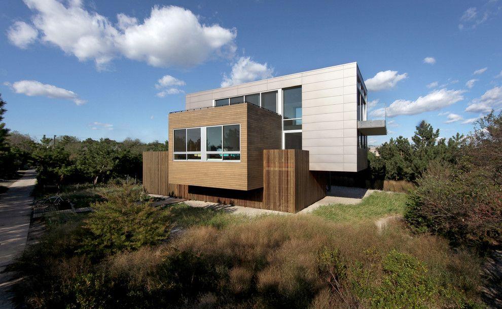 Bike Rack Omaha for a Beach Style Exterior with a Wood Siding and Beach Walk House by Spg Architects