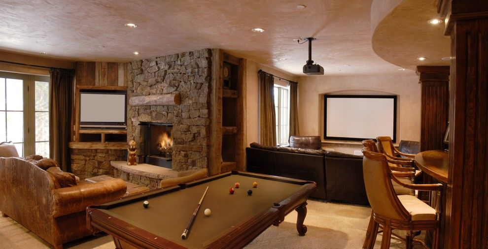 Breckenridge Theater for a Traditional Family Room with a Timber and Stillson by Rockridge Building Company