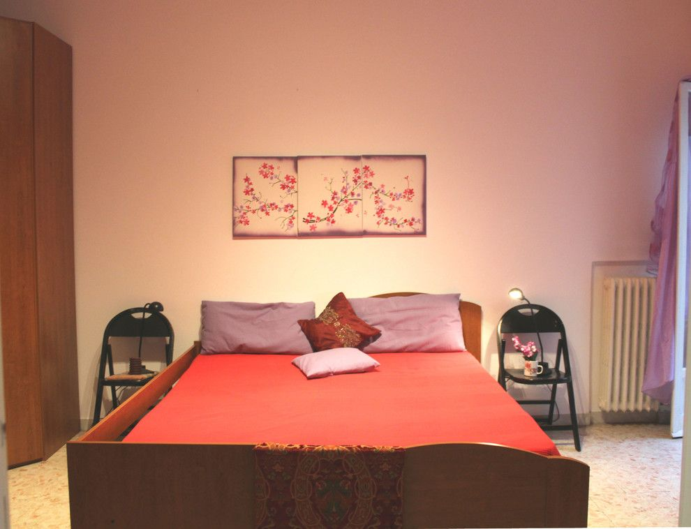 Cat 5e vs Cat 6 for a Modern Bedroom with a Allestimento Abitazione in Vendita and Foto Home Staging by Ilaria Romanini