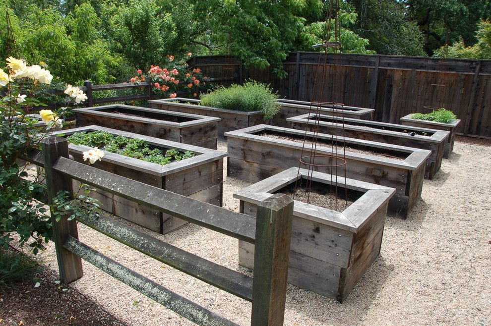 Chagrin Pet and Garden for a Farmhouse Landscape with a Raised Bed and Napa Valley, Ca by Back Bay Stone Supply