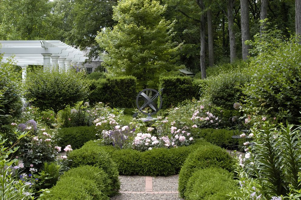 Chagrin Pet and Garden for a Traditional Landscape with a Knot Garden and Informal Garden, Winnetka, Illinois by Schmechtig Landscapes