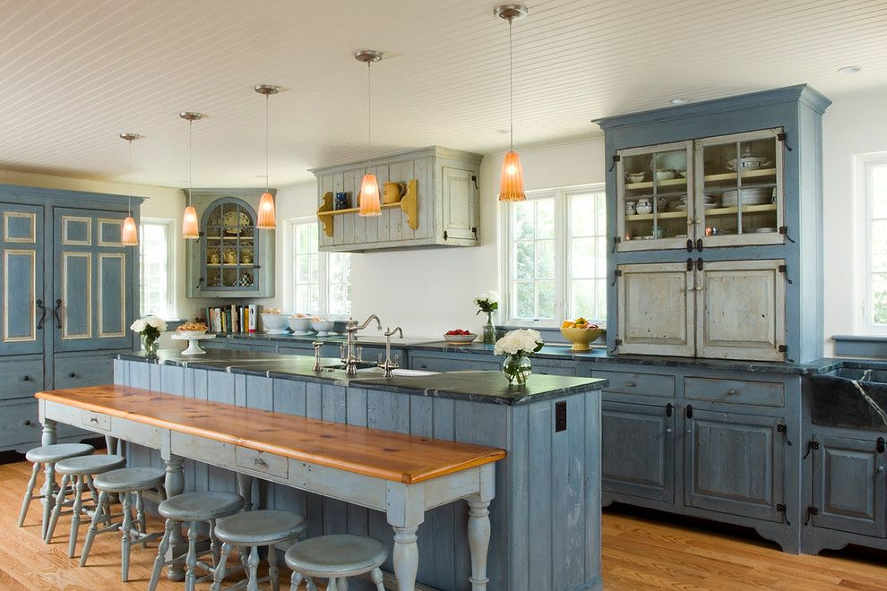 Chateau Briand Long Island for a Traditional Kitchen with a Kitchen Cabinetry and Swedish Inspired by Timeless Kitchen Cabinetry