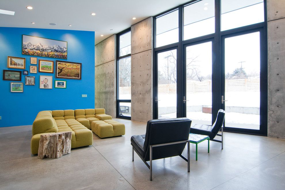 Cinder Block Retaining Wall for a Contemporary Living Room with a Beige Sectional and My Houzz: The Thorns by Lucy Call