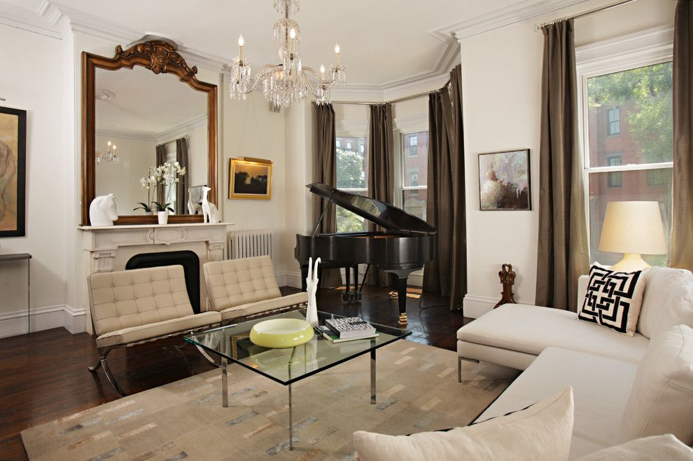 Classical Kusc for a Traditional Living Room with a Molding and Builders and Architects by Boston Virtual Imaging