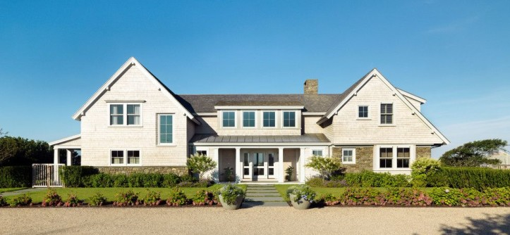Classical Kusc for a Victorian Exterior with a Shingle Style and Tangerine Zing by Hart Associates Architects, Inc.