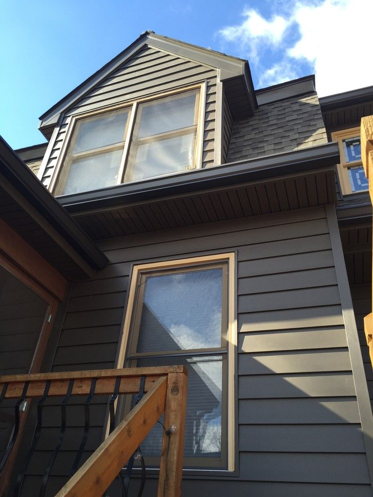 Clearview Windows for a Rustic Exterior with a St Louis and Insulated Wide Lap Vinyl Siding System   Chesterfield, Mo by Clearview Windows and Siding